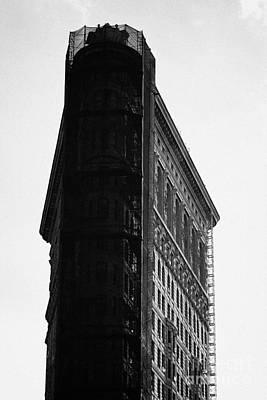 Flatiron Building On Broadway 23rd Street And 5th Avenue New York Art Print