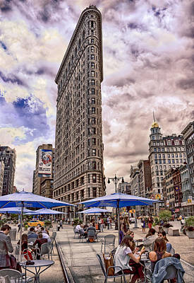 Print featuring the photograph Flatiron Building by Steve Zimic