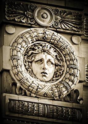 Wreath Photograph - Flatiron Face by Jon Woodhams