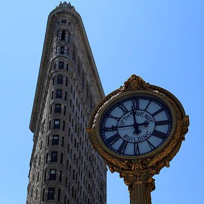Photograph - Flatiron New York 1 by Andrew Fare