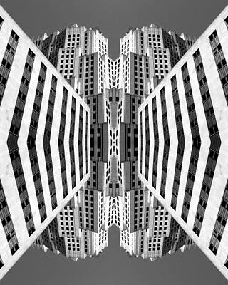 Photograph - Flip Shot Nyc No. 5 by Keith McGill