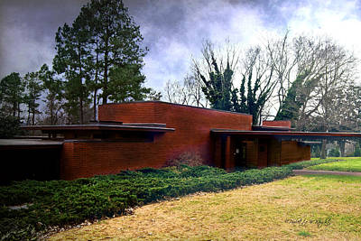 Photograph - Fllw Rosenbaum Usonian House - 1 by Paulette B Wright