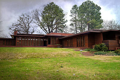 Photograph - Fllw Rosenbaum Usonian House - 4 by Paulette B Wright