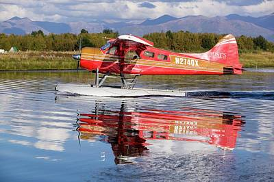 Float Plane Flying Into Anchorage Art Print