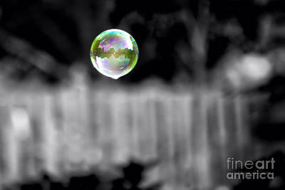 By Tom Woolworth Photograph - Floating Bubble Selective Coloring by Thomas Woolworth