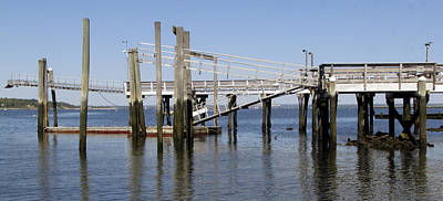 Photograph - Glen Cove Floating Dock by Bob Slitzan