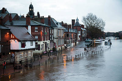 Pub Photograph - Floods by Onfilm