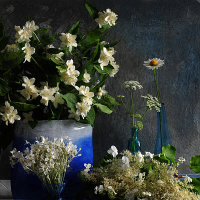 Photograph - Floral Abundance by Randi Grace Nilsberg