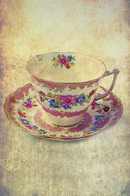 Floral Teacup Print by Garry Gay
