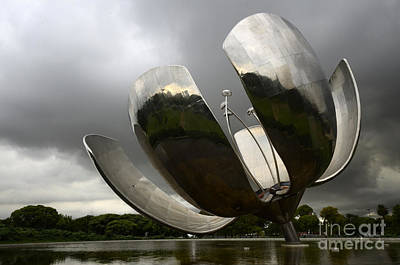 Photograph - Floralis Generica Buenos Aires Argentina 1 by Bob Christopher