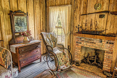 Photograph - Florida Pioneer Bedroom 1 by Lewis Mann