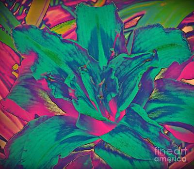 Fushia Mixed Media - Flower - Day Lily - Flowerworks by Donna E Pickelsimer