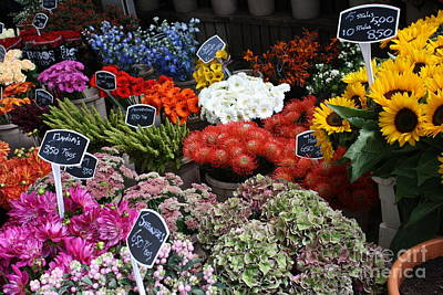 Photograph - Flower Market by Mary-Lee Sanders