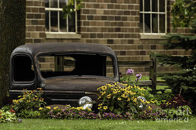 Photograph - Flower Truck by Curtis Dale