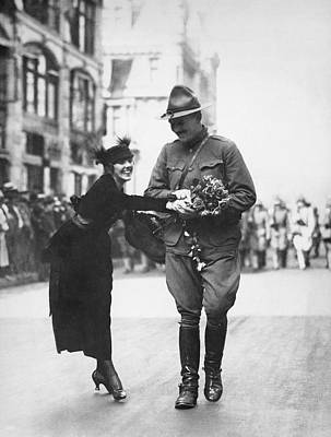 Military Uniform Photograph - Flowers For Wwi Soldier by Underwood Archives