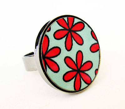 Perspex Jewelry Jewelry - Flowers In Red And Turquoise Ring by Rony Bank