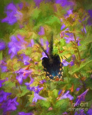Painting - Flutter In The Ground Ivy by Kerri Farley