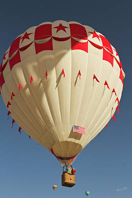 Sutton Photograph - Fly-by At  The Albuquerque Hot Air by William Sutton