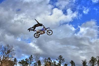 Photograph - Flying High by Reid Callaway
