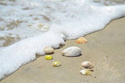 Island Paradise Digital Art - Foaming Tide by Bill Cannon