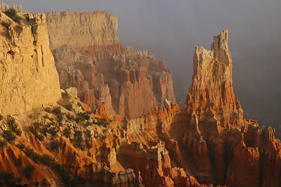Photograph - Fog At Bryce Canyon by Lee Kirchhevel