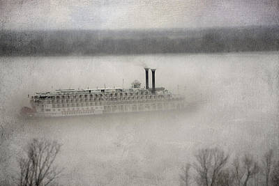 Photograph - The American Queen  by Patricia Montgomery