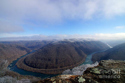 West Virginia Photograph - Fog Snow Decorates Grandview's Horse Shoe Bend by Timothy Connard