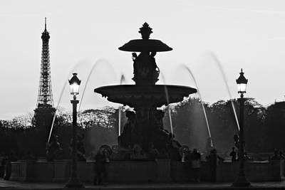 Fontaine De La Concorde Silhouette - Paris Art Print by Barry O Carroll