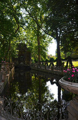 Fontaine De Medicis In Jardin Du Luxembourg - Paris Print by RicardMN Photography