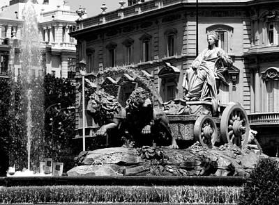 Photograph - Fontana De Cibeles - Madrid by Jacqueline M Lewis