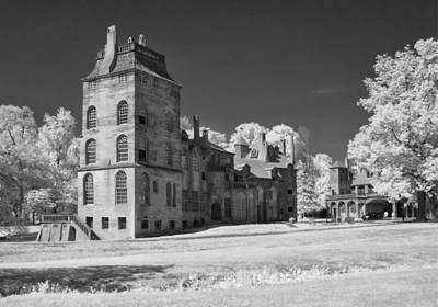 Mercer Tile Photograph - Fonthill Castle In Infrared by Jack Nevitt