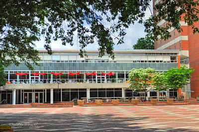 Photograph - Food Court - Nc State Main Campus by Paulette B Wright
