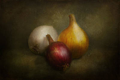 Onion Wall Art - Photograph - Food - Onions - Onions  by Mike Savad