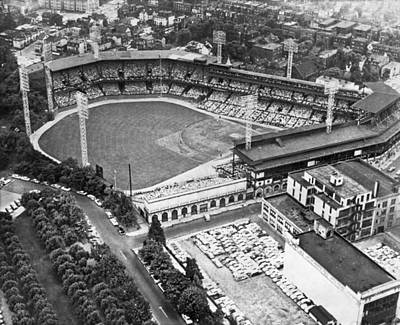 Baseball Stadiums Photograph - Forbes Field In Pittsburgh by Underwood Archives