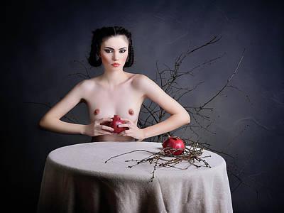Nude Photograph - Forbiden Fruit by Alexandra Fira