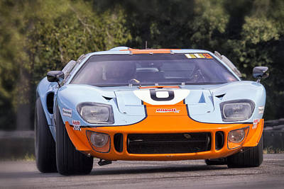 Photograph - Ford Gt40 On Track by Alan Raasch
