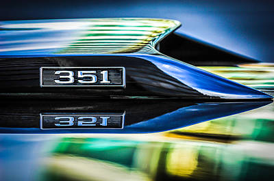 American Cars Photograph - Ford Mustang 351 Engine Emblem -1011c by Jill Reger