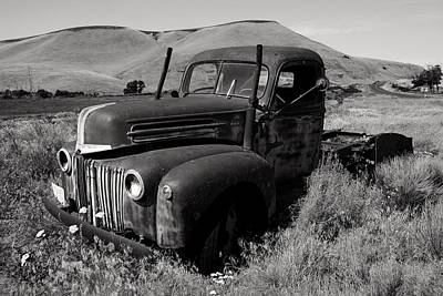 Photograph - Ford On The Palouse by Daniel Woodrum