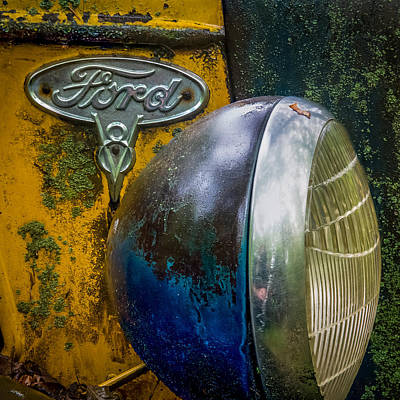 Ford V8 Emblem Art Print by Paul Freidlund