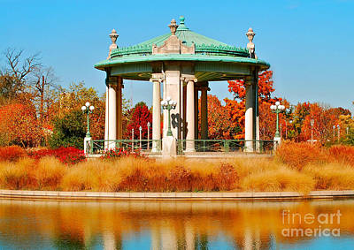 Autumn Peggy Franz Photograph - Forest Park Gazebo by Peggy Franz