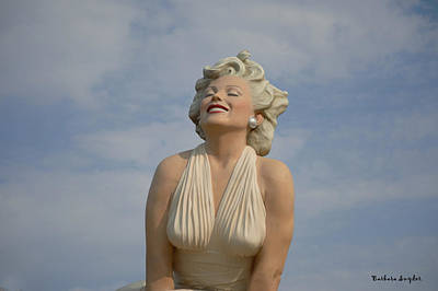 Forever Marilyn Close Up Art Print by Barbara Snyder