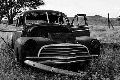Photograph - Forgotten Car by Nathan Hillis