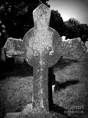 Photograph - Forgotten Graveyard by Deborah Fay