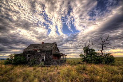 Photograph - Forgotten House by Matt Hanson