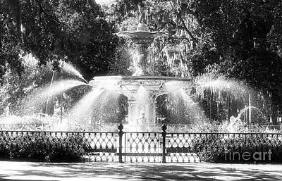 Savannah Fine Art . Savannah Old Trees Photograph - Forsyth Park Fountain by John Rizzuto