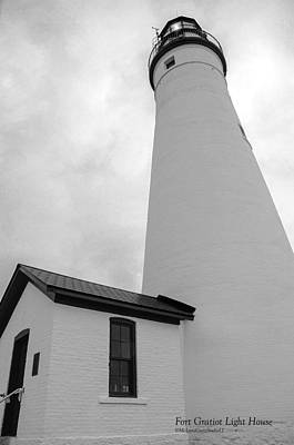 Photograph - Fort Gratiot Light House In Black And White by LeeAnn McLaneGoetz McLaneGoetzStudioLLCcom
