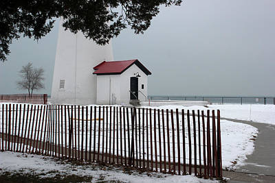 Photograph - Fort Gratiot Light With Fence by Mary Bedy