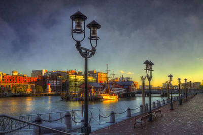 Photograph - Fort Point Channel Sunset - Boston by Joann Vitali