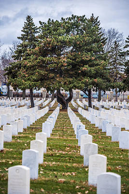 Minneapolis-st. Paul Photograph - Fort Snelling National Cemetery by Paul Freidlund