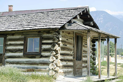 Photograph - Fort Steele Cabin by Margaret Buchanan